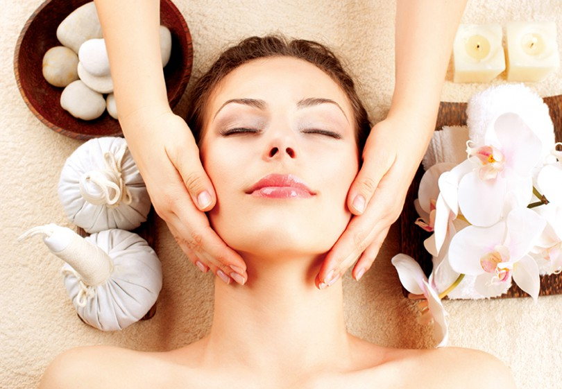 Curso online grátis de Básico para Massagem Facial